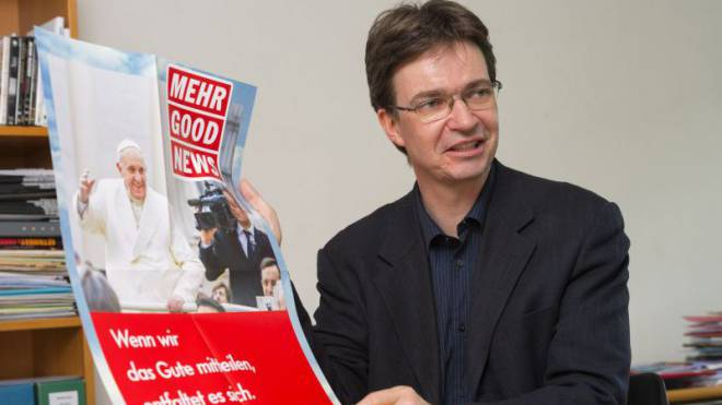 Theologischer Zweihänder: Charles Martig missioniert mit journalistischen Mitteln. Foto: Werner Rolli