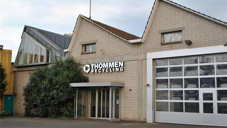Auf dem Areal der Firma Thommen am Bahnhof könnte ein neues zentrales Quartier in Kaiseraugst entstehen. Bild: nbo (1.4.2017)
