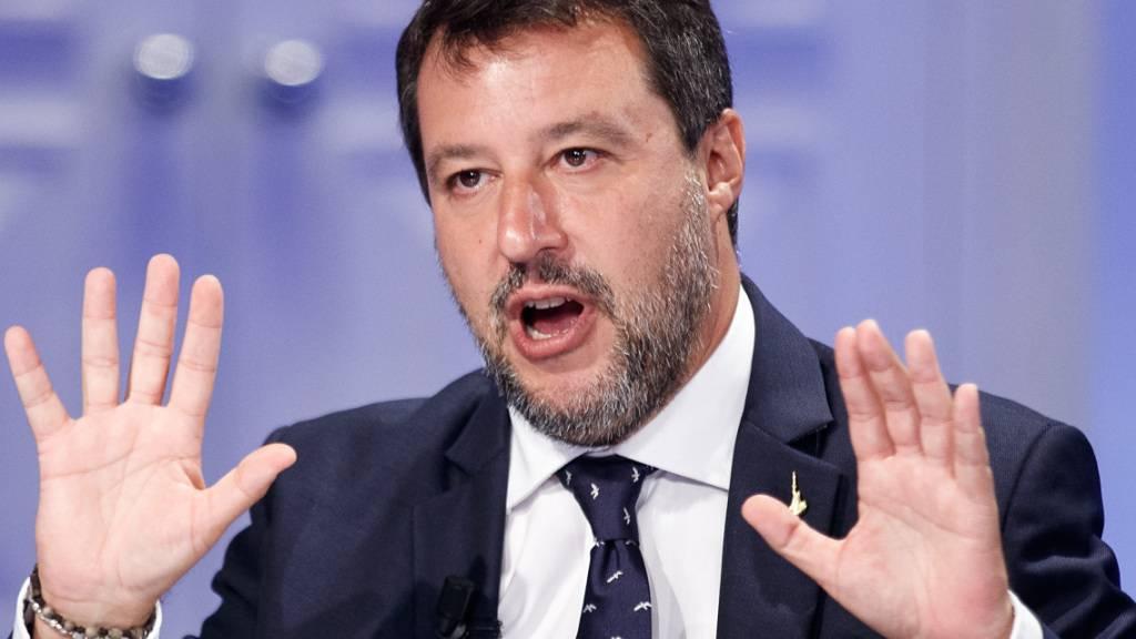 Matteo Salvini, Vorsitzender der italienischen Partei Lega, fordert einen Zusammenschluss der drei Mitte-Rechts-Parteien im Europaparlament. Foto: Roberto Monaldo/LaPresse via ZUMA Press/dpa