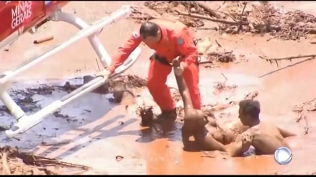 Dammbruch eines Abraumbeckens: Mehrere Tote und hunderte Vermisste