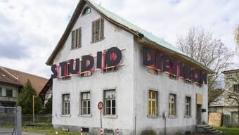 Beim alten Bauamt befindet sich das Studio Dietikon. Am 9. November wird hier der endgültige Werkzeugkasten für Freiräume in Dietikon vorgestellt.