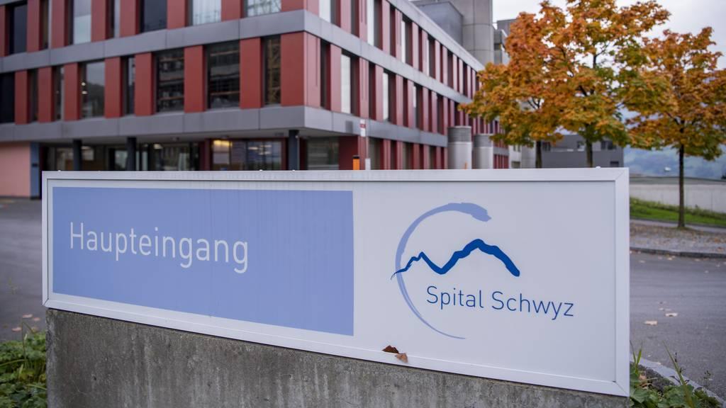 Das Spital Schwyz verweigerte eine Entbindung einer Hochschwangeren.