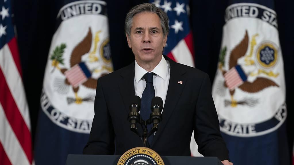 ARCHIV - Antony Blinken, Außenminister der USA, spricht im Außenministerium. Foto: Evan Vucci/AP/dpa