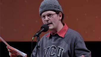 Mit Marco Gurtner aus Thun tritt der amtierende Schweizer Meister des Slam-Poetry-Fachs auf.