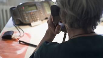 Anonym, kostenlos und stark gefragt: Das Sorgentelfon 143 berät Menschen mit den unterschiedlichsten Sorgen und Problemen. (Symbolbild)