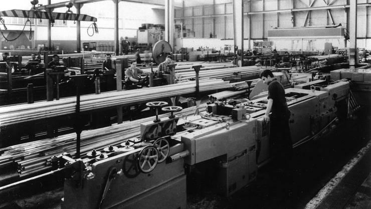 In den 1970er-Jahren lief die Kabelproduktion im Walzwerk auf Hochtouren.