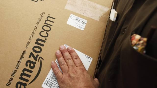 Ab die Post: Amazon kann seinen Umsatz steigern (Symbolbild)