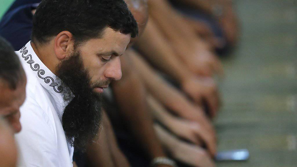 Die Universität Genf will mit Kursen einen Beitrag an die Integration der Imame in der Schweiz leisten. (Archivbild)