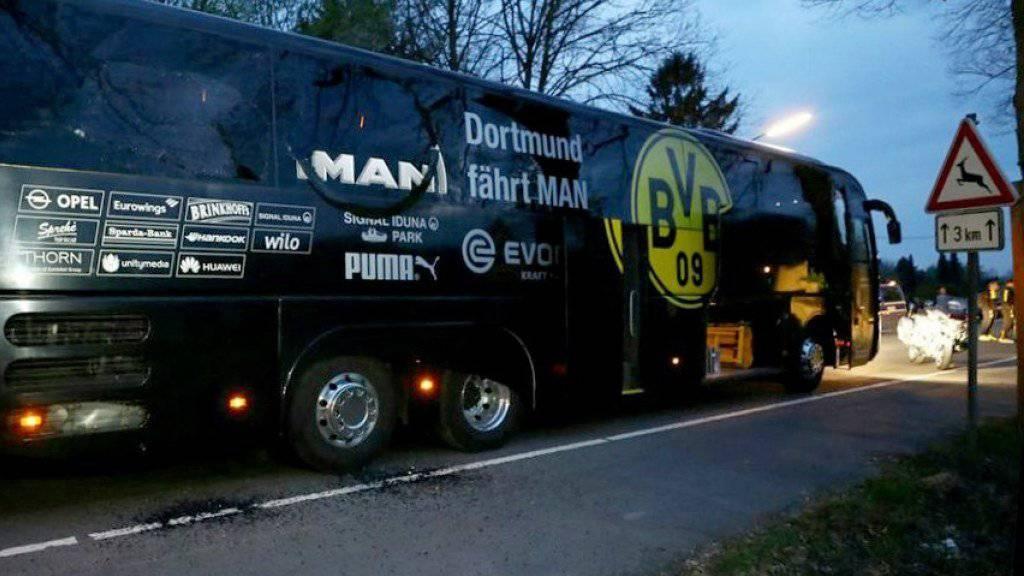 Nicht nur der Team-Bus von Borussia Dortmund wurde beim Anschlag in Mitleidenschaft gezogen