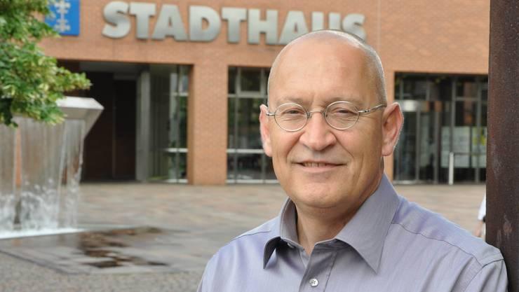 Der 52-jährige René Gutknecht ist Präsident der Grünliberalen des Bezirks Dietikon. Der in Murten aufgewachsene Aussendienstmitarbeiter ist verheiratet, Vater von vier Kindern und wohnt seit 1999 in Urdorf.  MKE