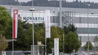 Novartis erhöht im nächsten Jahr die Löhne an Schweizer Standorten. Die Lohnsumme erhöht sich um 1,2 Prozent.(Archivbild)