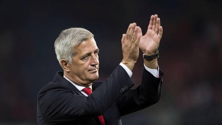 Petkovic applaudiert für seine Spieler und die Schweiz.