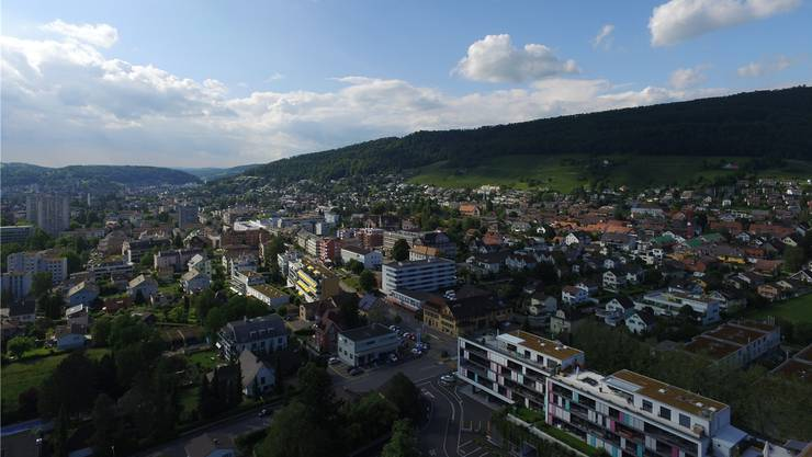 Die Gemeinde Wettingen aus der Vogelperspektive. (Archivbild)