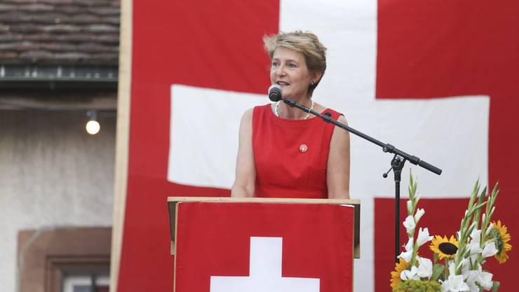 Simonetta Sommaruga beehrte das Baselbiet zur Bundesfeier.