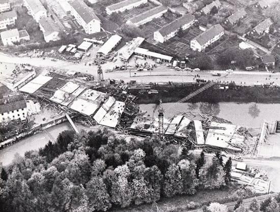 Falls eine Brücke nicht stabil ist, zeigt sich dies häufig bereits während des Baus. Denn das Eigengewicht, das eine Brücke zu tragen hat, ist weit grösser als das Gewicht durch die Fahrzeuge, die später darüberfahren sollen. Bei Konstruktionsfehlern bricht die Brücke also oft zusammen, bevor sie für den Verkehr freigegeben wird. So geschehen am 27. Oktober 1966 bei der Wülflingerbrücke der A1 in Winterthur: Damals stürzten Gerüst und 7000 Tonnen Beton zusammen. Bauarbeiter und Anwohner hatten Glück im Unglück, es gab keine Todesfälle. Anders am 15. März 2018 in der Stadt Streetwater in Florida. Sechs Menschen kamen ums Leben, als eine fünf Tage zuvor errichtete Fussgängerbrücke auf die siebenspurige Strasse darunter stürzte. Die Eröffnung der Brücke war für 2019 geplant gewesen.