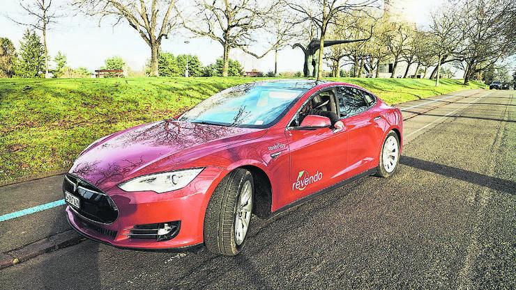 9 Franken pro Stunde kostet der «Basler» Tesla.