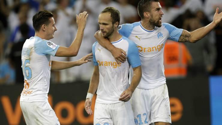 Dank einem Tor von Valère Germain (Bildmitte) in der Nachspielzeit kommt Marseille zu drei Punkten