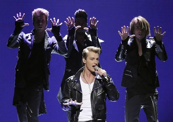 Der Russe Alexej Vorobjov (mitte) mit seinem Song «Get You»