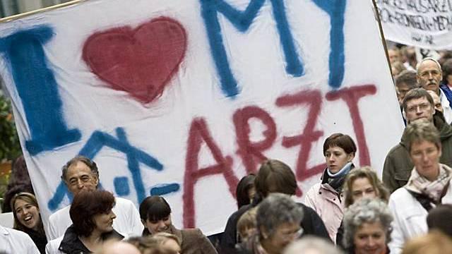 Ärzte demonstrieren in St. Gallen