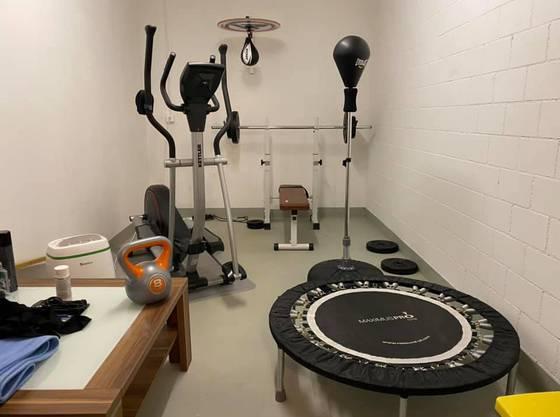 Leser Fabrizio hat einen Fitness-Raum daheim, worum ihn sicher einige beneiden!