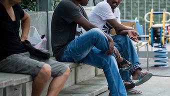 Die Integration von Flüchtlingen und vorläufig Aufgenommen in den Arbeitsmarkt ist ein wichtiges Anliegen der Schweizer Migrationspolitik. (Symbolbild)