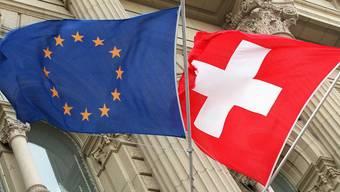Peter Hartmeier: «Die Angst, ein «Rahmenvertrag» und bilaterale Beziehungen würden früher oder später zu einem EU-Beitritt führen, bewog Christoph Blocher zur neuen Volksinitiative, mit der er die Personenfreizügigkeit abschaffen will.»