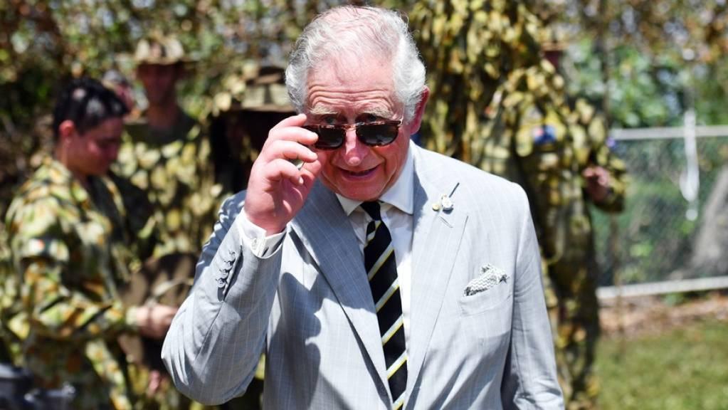 Umweltbewusst und cool: Englands Prinz Charles, derzeit mit der E-Rikscha in Indien unterwegs.