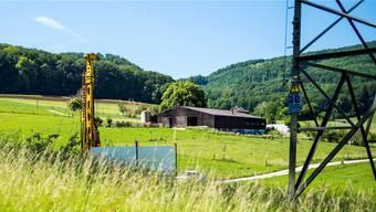 In der Gemeinde Muttenz wachsen die Bohrtürme im Zusammenhang mit der Rütihard zum Feindbild.