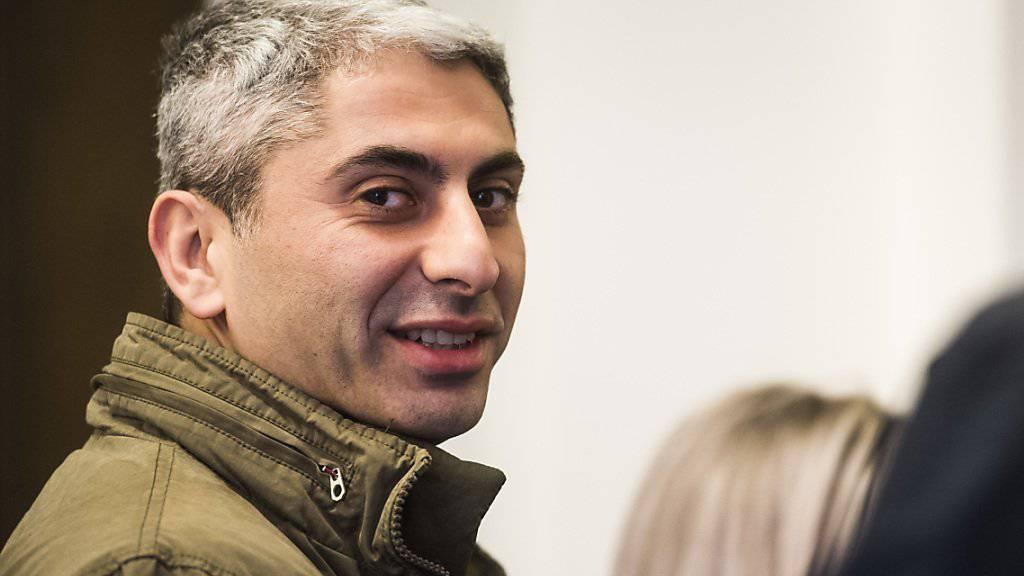 Der Schweizer Johan Cosar steht wegen seines Kampfeinsatzes in Syrien gegen den IS vor dem Schweizer Militärgericht.