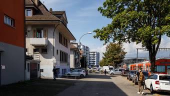 Von Zuchwil her wird eine direkte Veloverbindung via Holunderweg zum Bahnhof Solothurn Süd geplant.