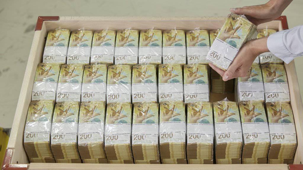 Der Franken ist aufgrund der wahrscheinlich anstehenden Lockerung der Geldpolitik der US-Notenbank Fed und der Europäischen Zentralbank sowie wegen der drohenden Eskalation des US-chinesischen Handelsstreits in den letzten Tagen weiter erstarkt. (Symbolbild)