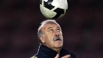 Spaniens Nationaltrainer Vicente del Bosque bereitet sein Team in Österreich auf die WM vor