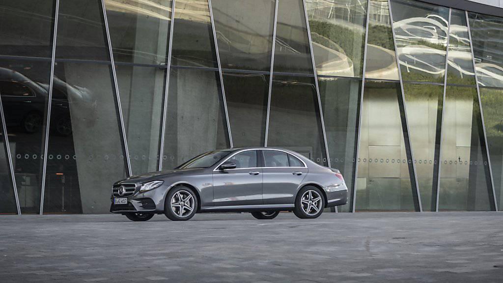 Die Autobauer Daimler und Geely gründen einen Luxusfahrtenvermittler in China.