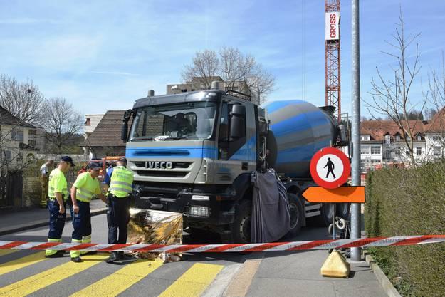 Der Unfall hat sich bei der Baustelle an der Fröhlichstrasse in Brugg ereignet.
