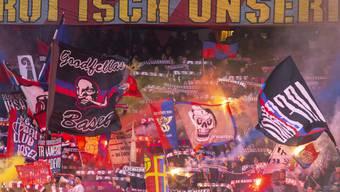 Lange waren die Fans ruhig. Doch nach den jüngsten Verfehlungen von FCB-Präsident Bernhard Burgener wenden sie sich mit einer Rücktrittsforderung endgültig von der aktuellen Führung ab.