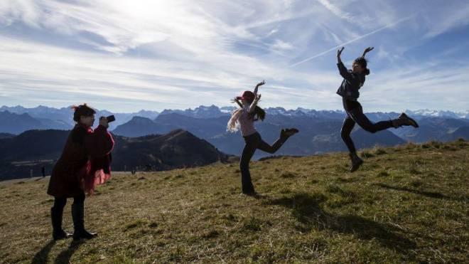 Kamen zuletzt auch weniger häufig in die Schweiz: Chinesische Touristinnen auf der Rigi. Foto: Keystone