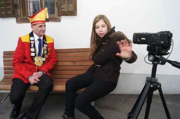 Ex-Schirmherr und Cliquen-Praesident  Martin Buechi mit Sarah Bollmann von der VideoGang auf TeleTop.jpg