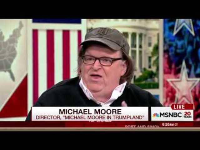 Im Interview mit dem Fernsehsender MSNBC sagt Michael Moore Trump eine kurze Amtszeit voraus.