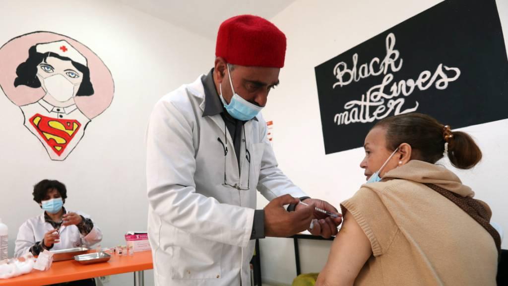 Hilfsgelder für Nepal und Tunesien aus St.Gallen