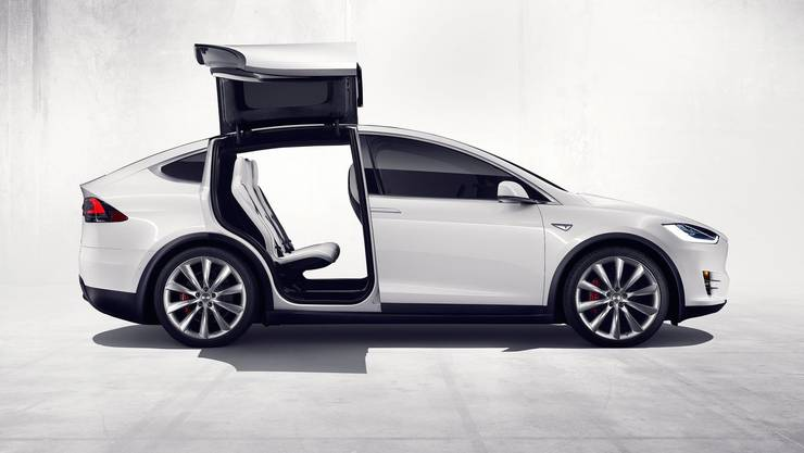 """Schweizer """"Smart Home""""-Anbieter Digitalstrom kooperiert mit Tesla."""