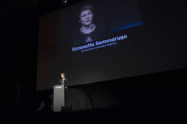 Bundesraetin Simonetta Sommaruga, anlaesslich der Eroeffnung der 52. Solothurner Filmtage, am Donnerstag, 19. Januar 2017, in Solothurn. (KEYSTONE/Marcel Bieri)