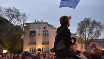 Seit einem Monat demonstrieren immer wieder grössere Menschenmengen in Ungarn gegen die Politik des rechtsnationalen Ministerpräsidenten Viktor Orban.