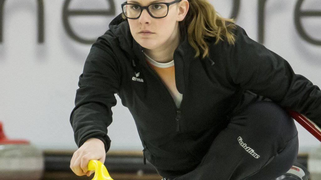 Die Schweizer Mixed-Doppel-Curlerin Jenny Perret