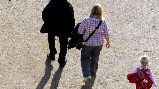 Sparen für Elternurlaub soll sich steuerlich lohnen (Symbolbild)