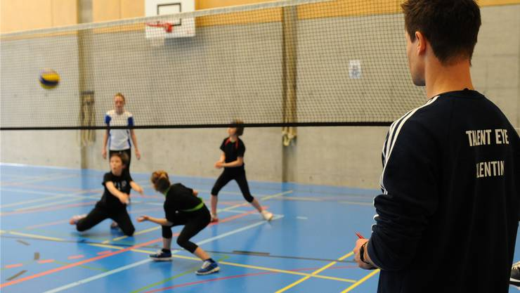 Mit «Talent Eye»  kommen Mädchen und Jungs mit verschiedenen Sportarten in Kontakt.   zvg