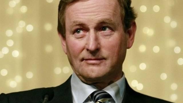Die Partei von Enda Kenny, Fine Gael, stellt neu die Mehrheit der Abgeordneten im Parlament (Archiv)