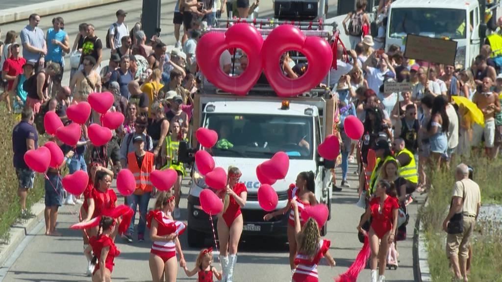 Friede, Freiheit, Demokratie – Free Parade statt Street Parade