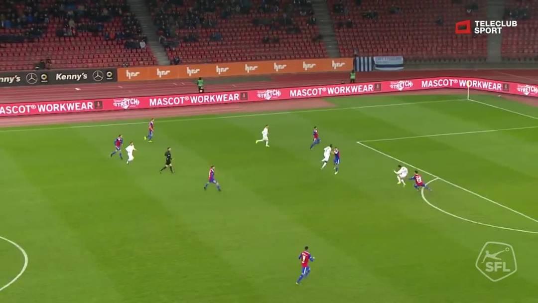Super League, Saison 2018/19, Runde 27, FC Zürich-FC Basel, Schuss von Assan Ceesay