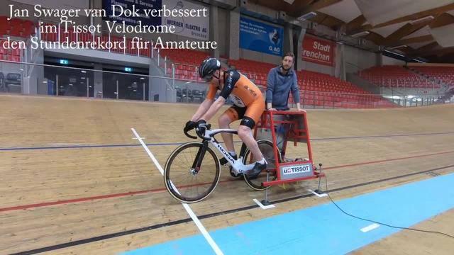 Der Grenchner Jan Swager van Dok schlägt im Tissot Velodrome seinen eigenen Weltrekord