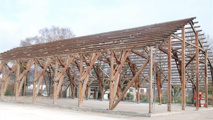 Um 1930 wurde die alte Stadthalle von Laufenburg als mobile Festhütte erstellt. Nun kommt sie in Deutschland zu neuen Ehren. sh/Archiv